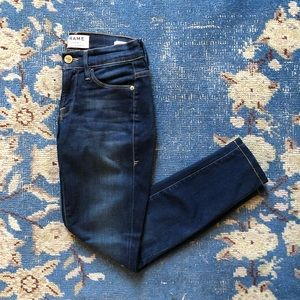 Frame Le Skinny Crop Jeans 24